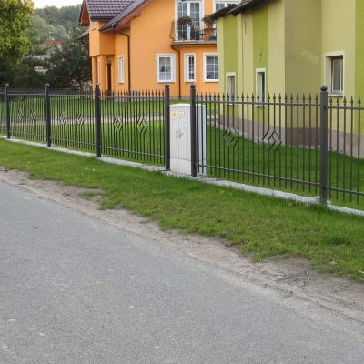 Emerald - TOP FENCE